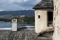 Z zamku w Niedzicy w stronę zamku w Czorsztynie
