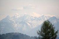 Tatry z okien Familiówki